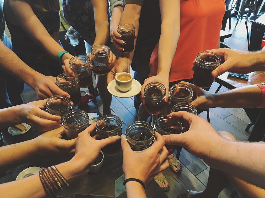 coffeetourhands